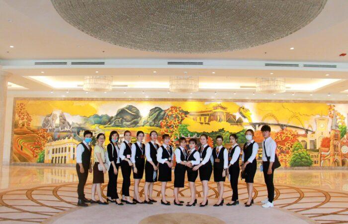 Tham Quan Khách Sạn Sheraton